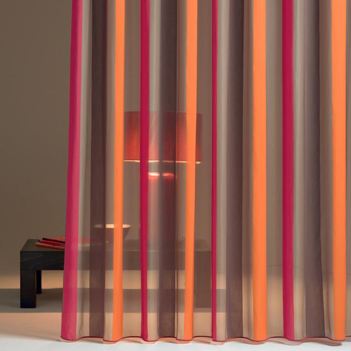 Drapilux är ett ledande företag inom branschen vad gäller gardiner med speciella egenskaper.